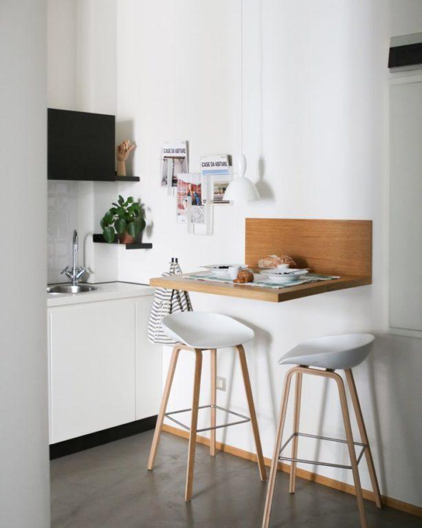 Барный стол-стойка в маленькой кухне