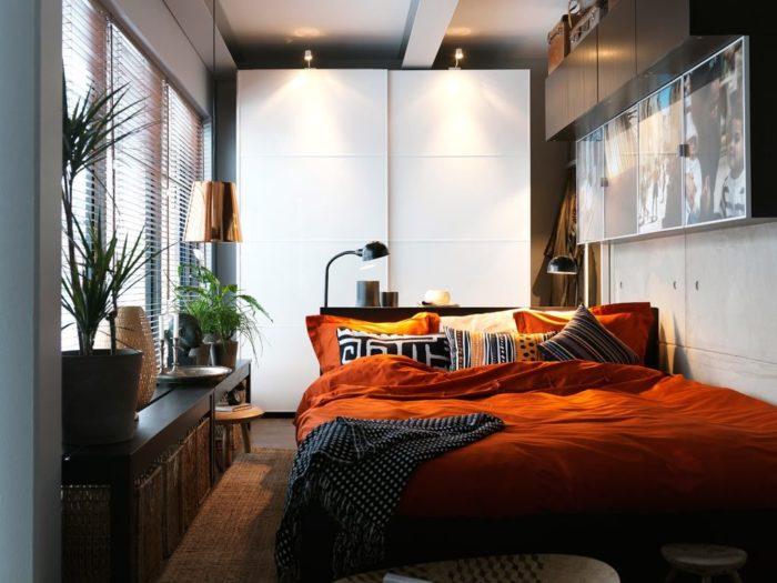 Неосновное освещение в дизайне маленькой спальне