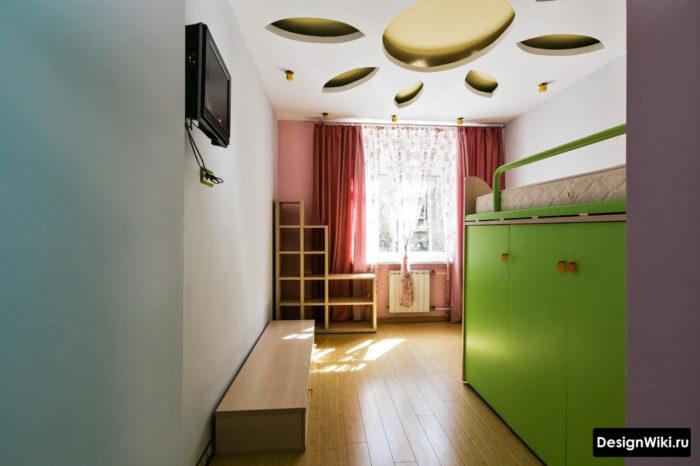 Интерьер детской с кроватью чердаком