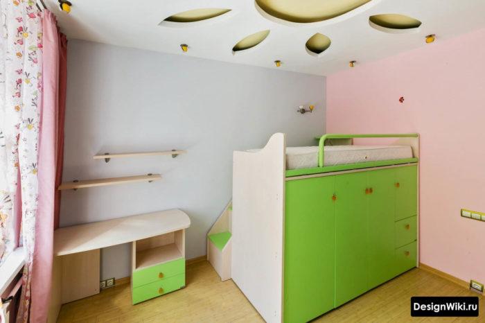 Кровать-шкаф 2в1 в детской комнате