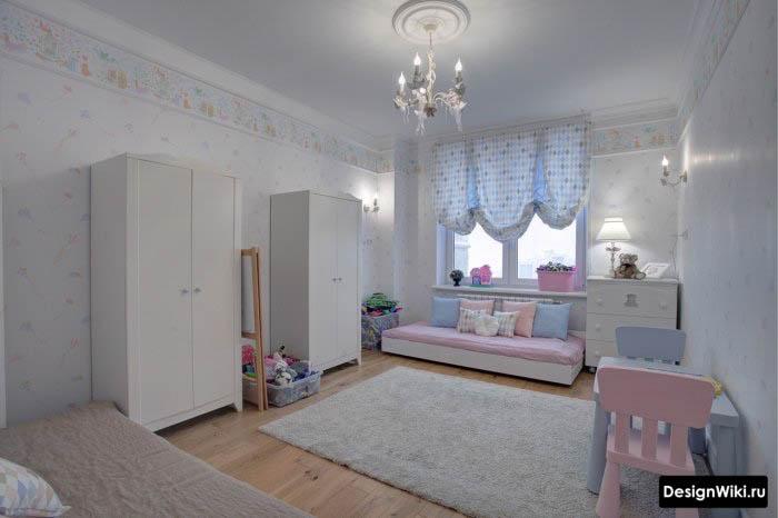 Простой интерьер детской комнаты