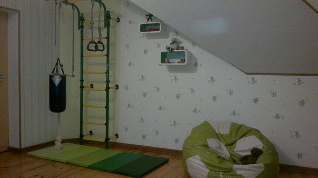 Детская комната с боксёрской грушей
