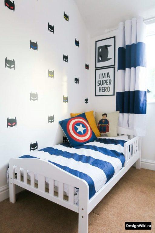 Детская мальчика в стиле минимализм с подушкой капитан америка
