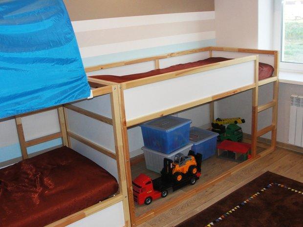 Кровать в 2 этажа в детской