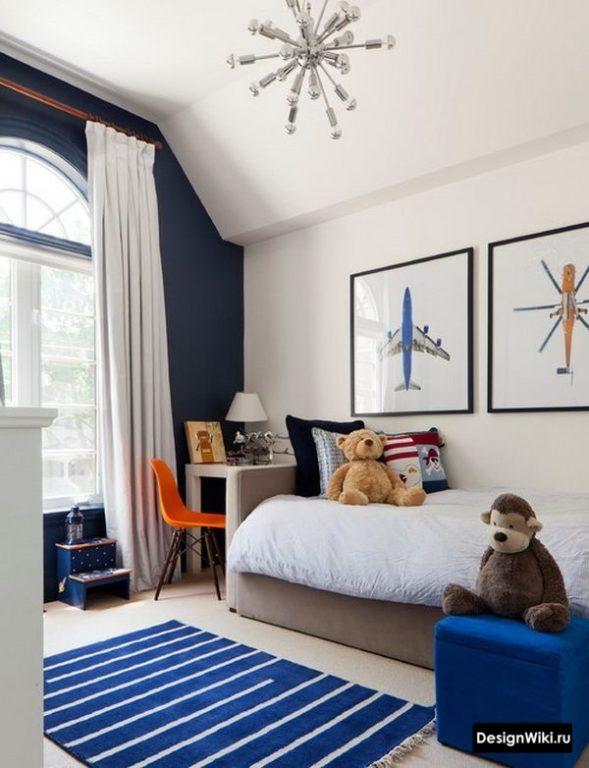 Фото самолета и вертолета в детской комнате мальчика