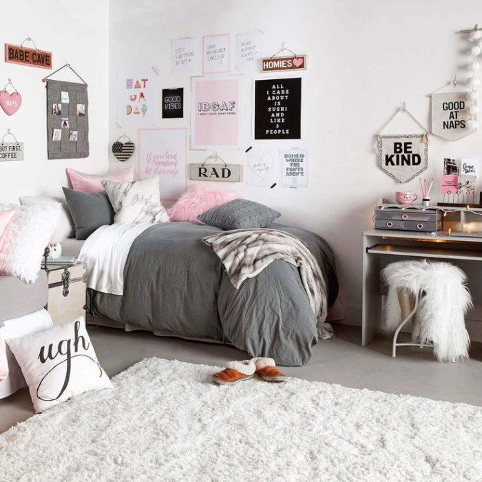 Белый цвет в комнате для девушки