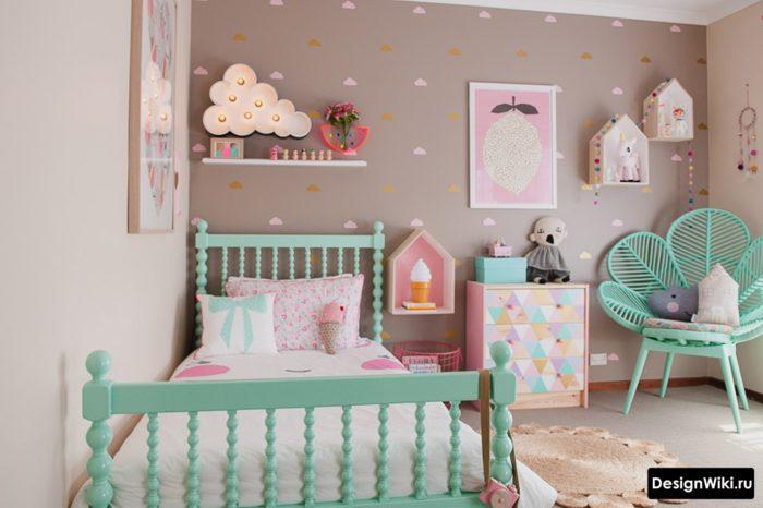 Бирюзовый и серый в детской комнате для девочки