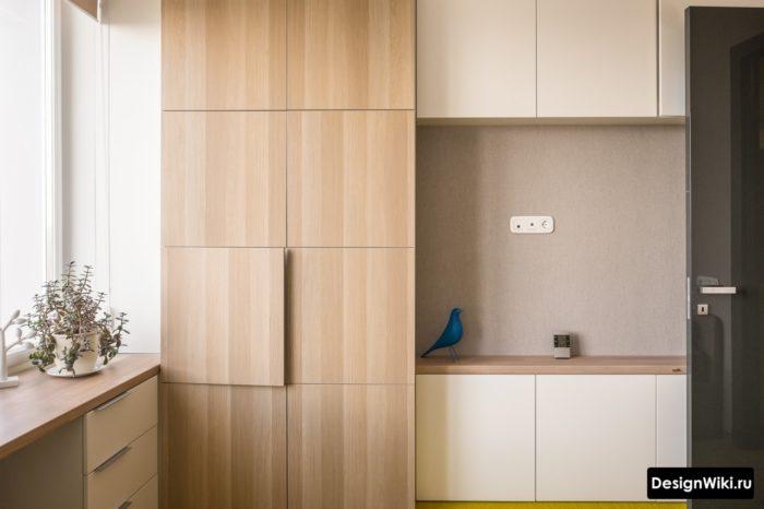 Встроенная современная мебель в подростковой комнате