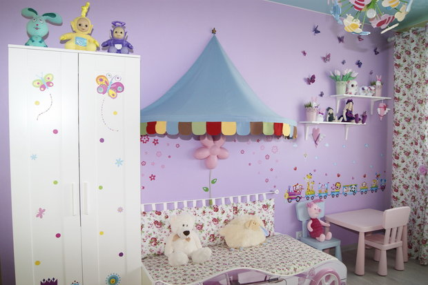 Дизайн лиловой детской для дошкольницы