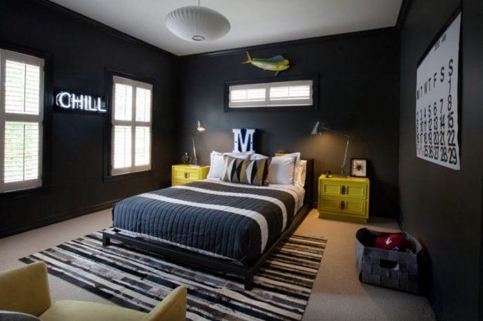 Черные стены в комнате для подростка