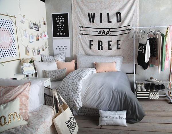 комната девушки подростка