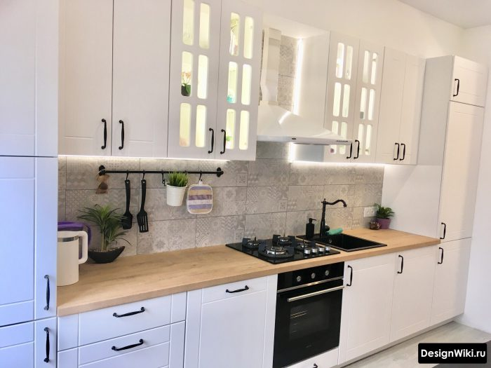 подсветка гарнитура на кухне в скандинавском стиле
