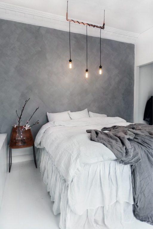 Бронзовый лофт светильник над кроватью