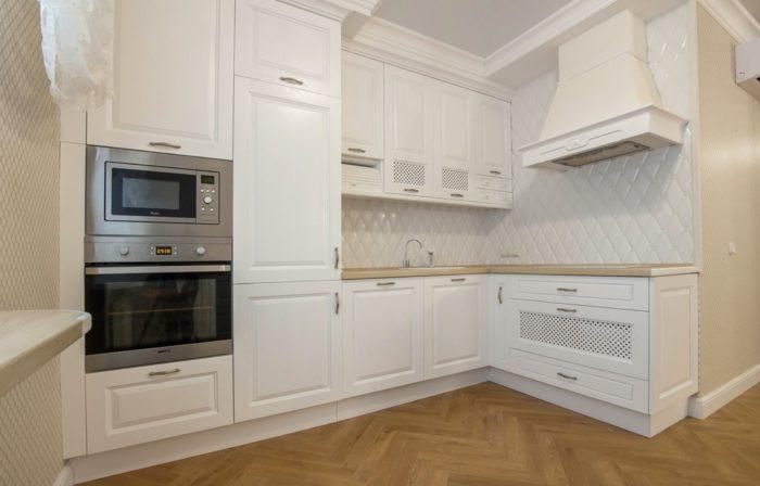 Дверь на кухню не нужна