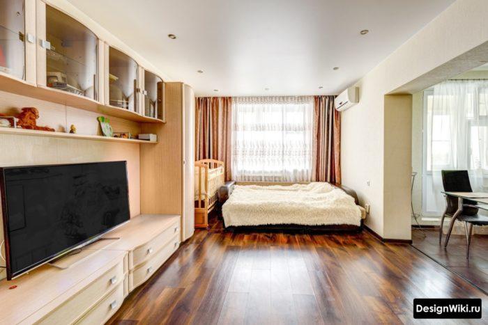 Детская кроватка в квартире-студии
