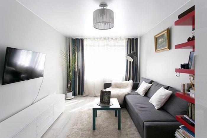 Дизайн бежевой маленькой гостиной