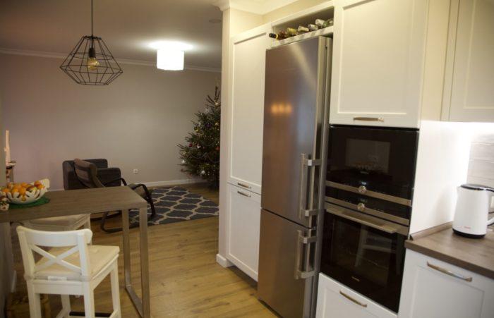 Дизайн гостиной объединенной с кухней скандинавский
