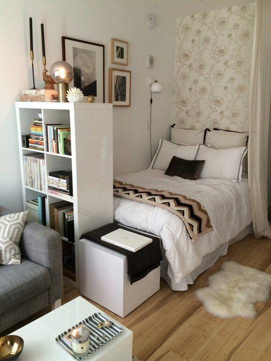 Дизайн маленькой гостиной с кроватью