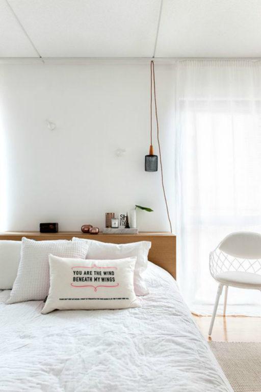 Дизайн современной белой спальни