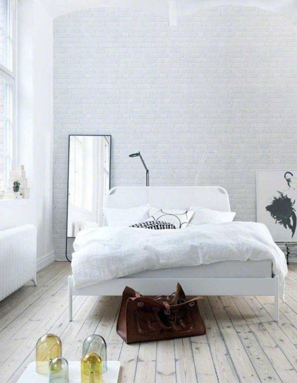 Имитация белого кирпича в спальне