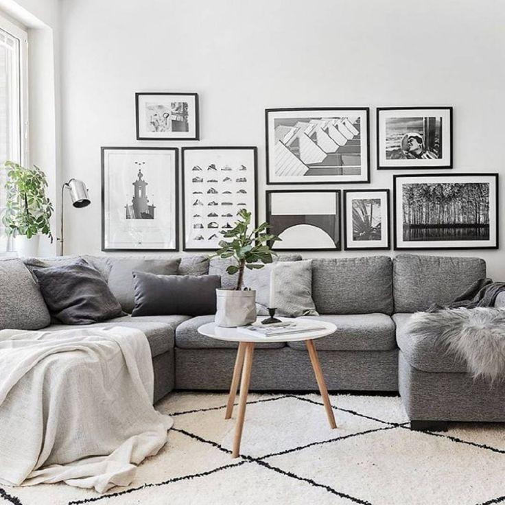 Серый П-образный диван