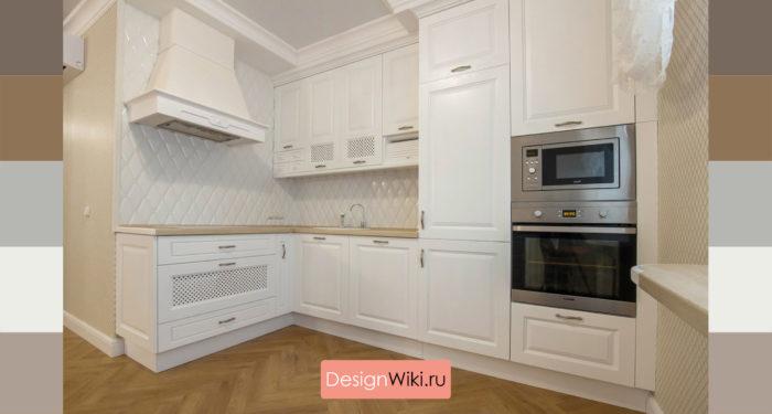 Сочетание белого цвета и дерева на кухне