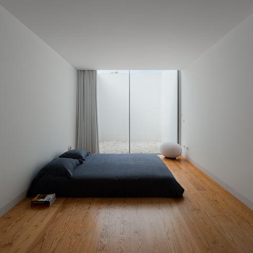 Спальня без кровати только матрас