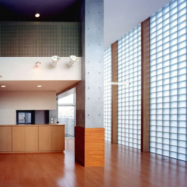Стены из стеклоблоков в стиле конструктивизм
