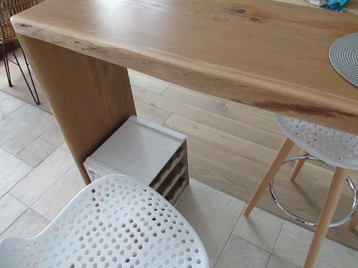Стык паркета и плитки на кухне