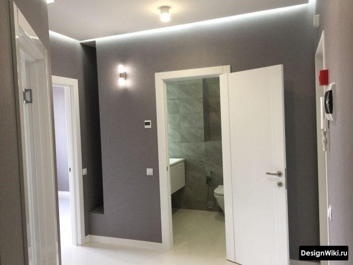 дизайн потолка с подсветкой в прихожей