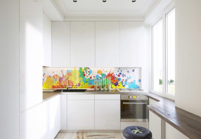 Белая кухня в хрущевке в стиле минимализм