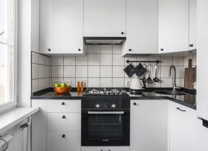 Встроенная в шкаф вытяжка для кухни