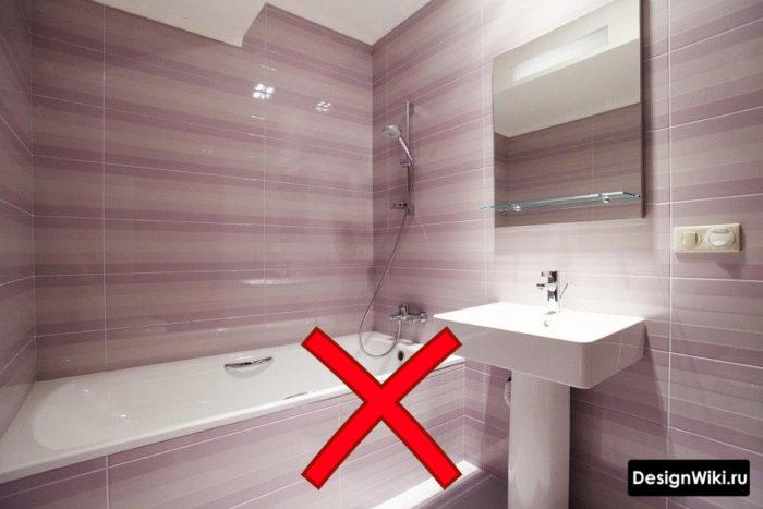 Глянцевая фиолетовая плитка для ванной