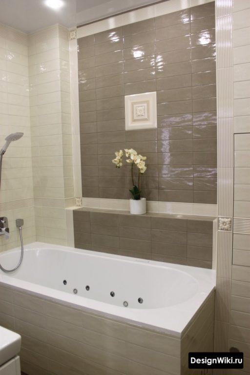 Глянцевые кирпичики керамические в ванной