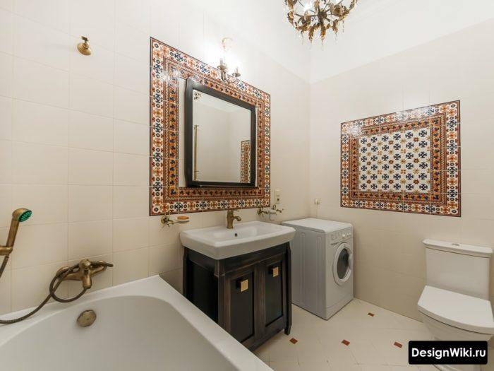Декор стен ванной кафелем