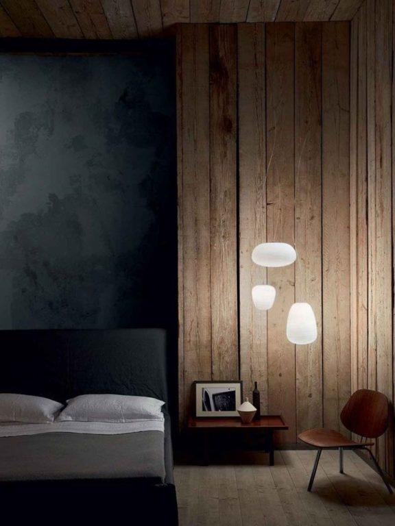 Дерево с подсветкой в спальне