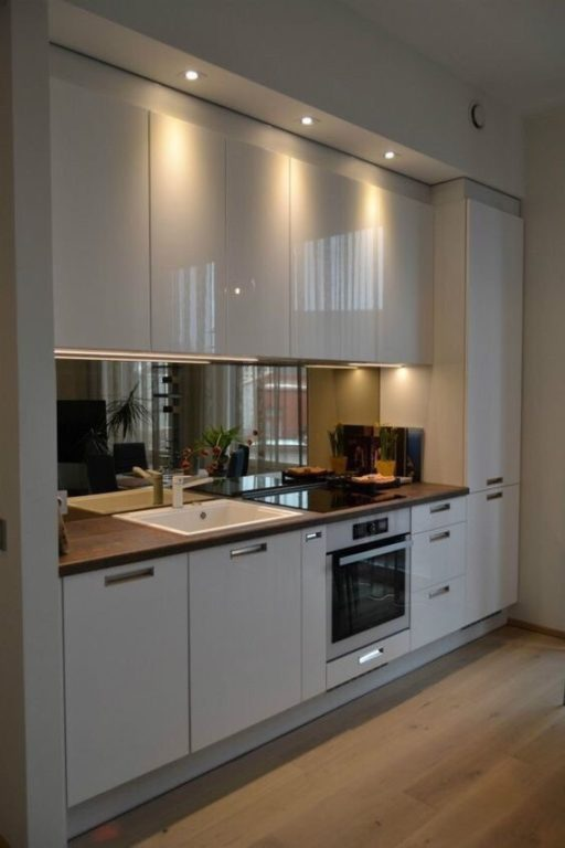 Дизайн маленькой кухни по одной стене