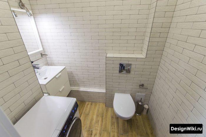 Имитация матового кирпича в ванной