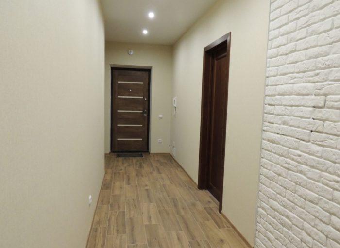 Интерьер коридора в доме