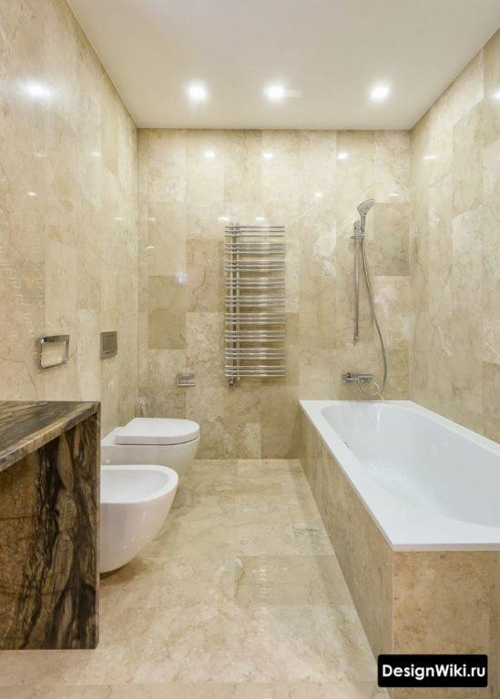 Одинаковая плитка в ванной с туалетом