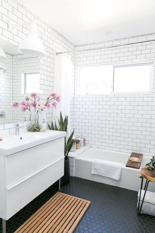 Плитка белый кабанчик с чёрной затиркой в дизайне ванной