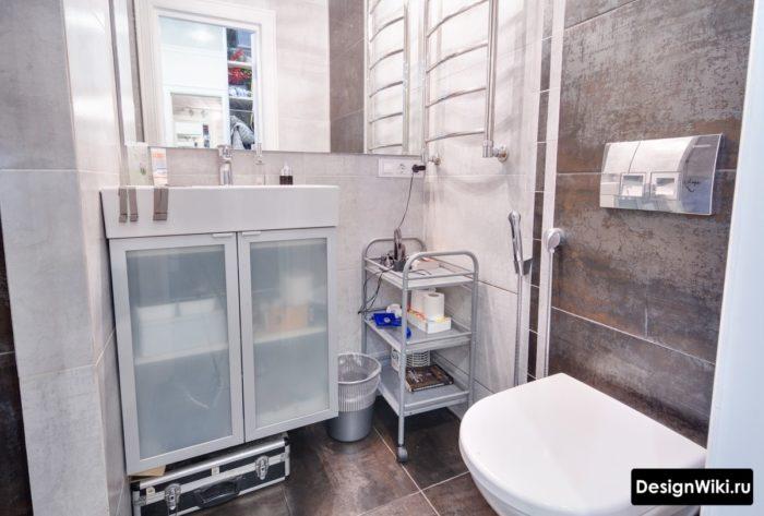 Плитка для ванной комнаты с имитацией металла