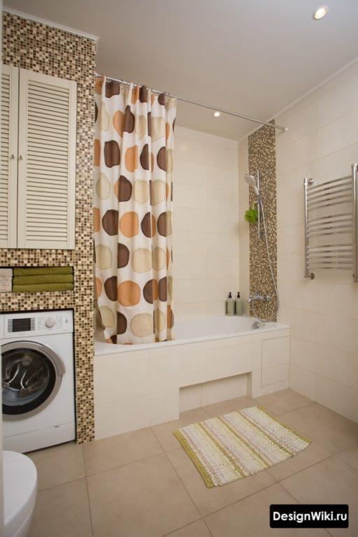 Плитка мозаика на стене ванной
