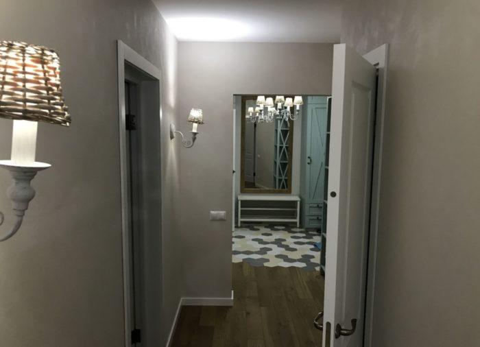 Прихожая-коридор в скандинавском стиле