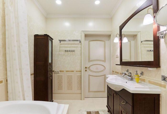 Рокко в интерьере ванной комнаты