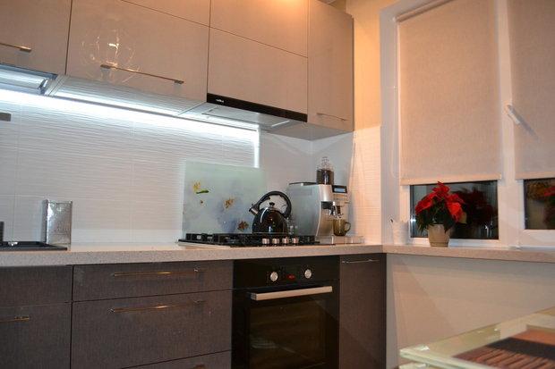 Светлый верх тёмный низ на кухне