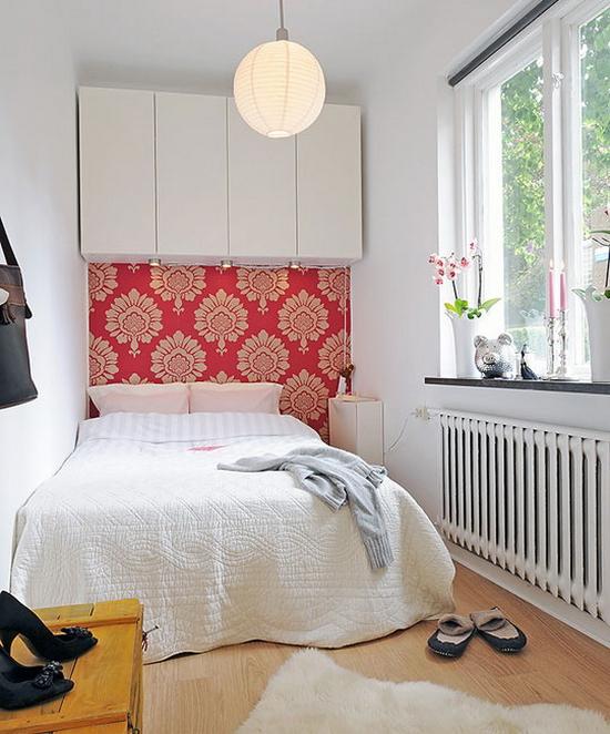 Слишком маленькая для акцентной стена спальни