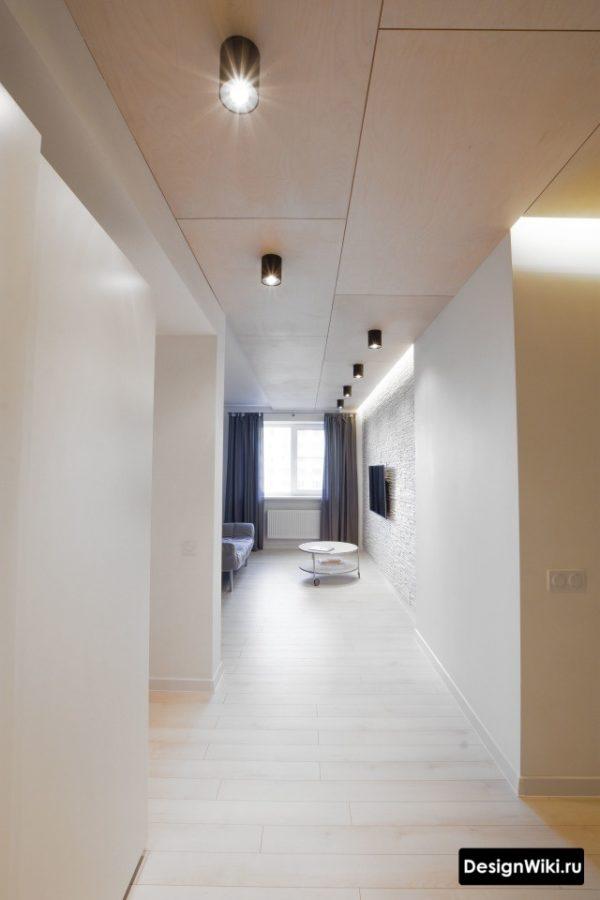 Современный дизайн большого коридора