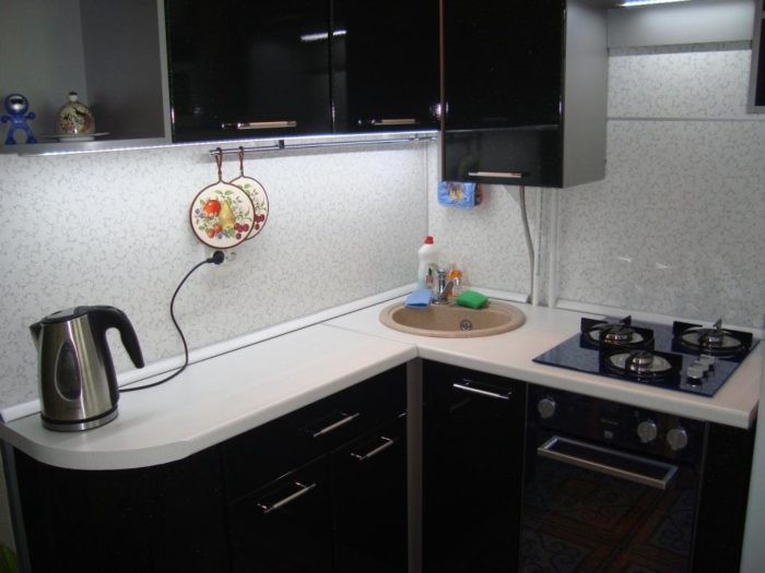 Типичная планировка угловой кухни в хрущевке