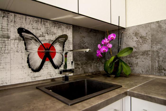 Фартук для кухни из плитки под бетон